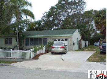 Single Family Home for Sale in West Palm Beach, FL 33407