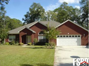 Single Family Home for Sale in Lynn Haven, FL 32444