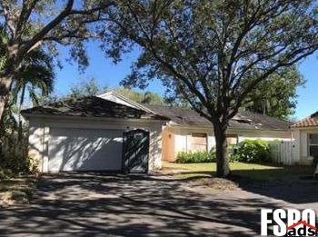 Single Family Home for Sale in Plantation, FL 33324