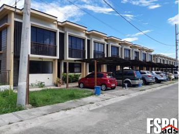 Town-House for Sale in Las Pinas, OH, 43016