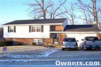 Single Family Home for Sale in Florence, KY 41042