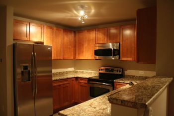 Condominium for Sale in Rahway, NJ 07065
