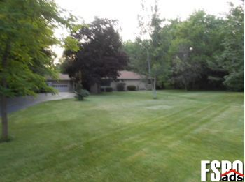 Single Family Home for Sale in Franklin, WI 53132