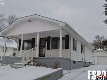 Single Family Home for Sale in Flint, MI 48507