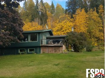Single Family Home for Sale in Metaline Falls, WA 99153