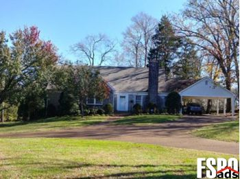 Single Family Home for Sale in Lewisburg, TN 37091