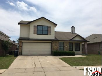 Single Family Home for Sale in Fort Worth, TX 76134